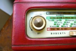 Vintage radio in Becnicks Wonder Emporium