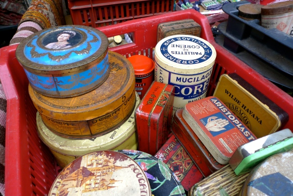 Vintage French tins