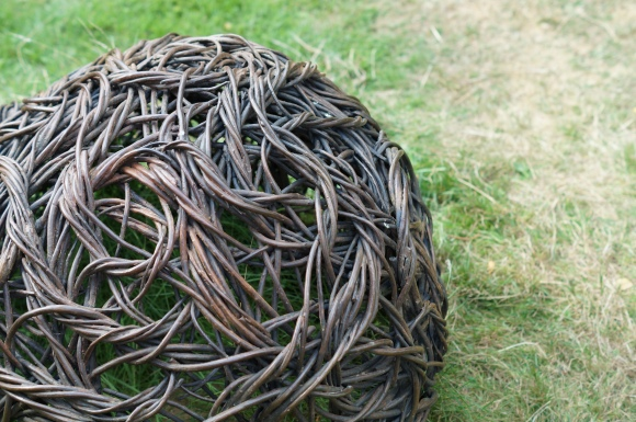 willow sculpture by Rachel Crter