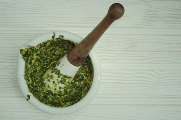green garlic pesto