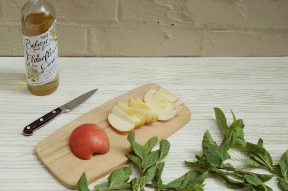 apple, elderflower and mint