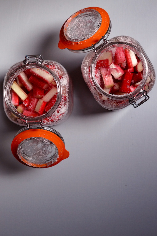 shake the rhubarb and sugar together