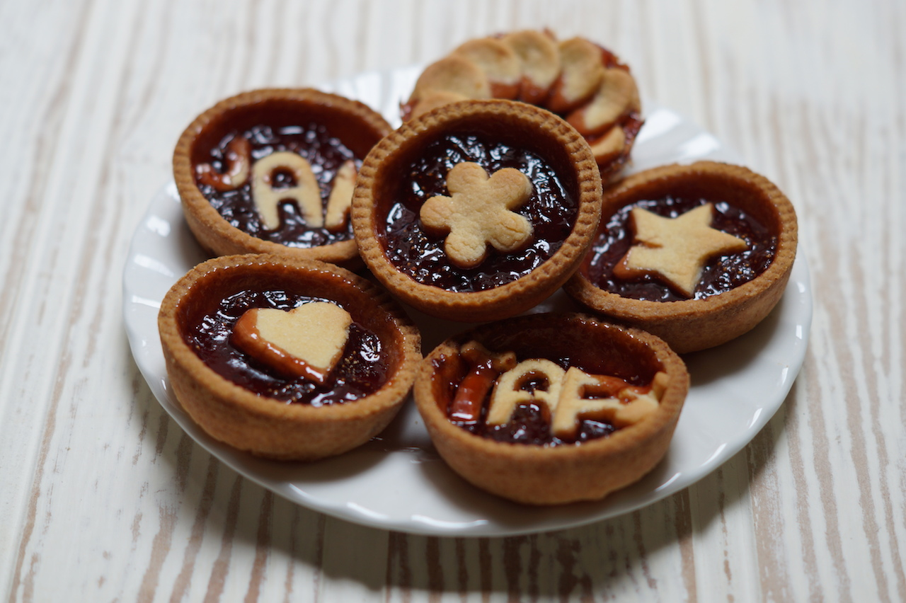 Black pepper make do and spend for Easy jam tarts ready made pastry
